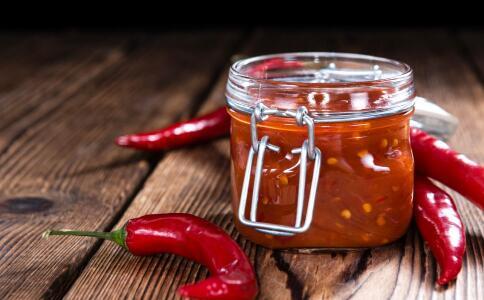 女性经常吃辣椒好吗 吃辣椒对皮肤好吗 吃辣椒要注意什么