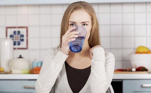 喝水能瘦身吗 什么时间喝水能瘦身 具有瘦身效果的果蔬有哪些