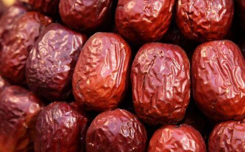 缺铁性贫血会导致怕冷吗 缺铁性贫血怎么办 缺铁性贫血吃什么