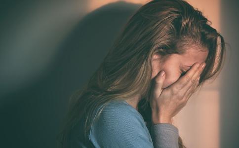 伤心真的能伤身吗 悲伤过度会有哪些危害 悲伤过度怎么调养
