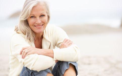 老人夜尿多 可能是這些原因導致