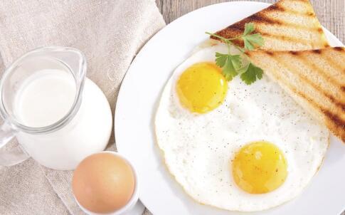 女性不吃早餐有哪些危害 不吃早餐的危害 早餐吃哪些食物好