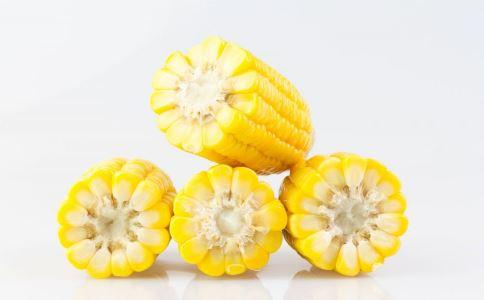 玉米汁好处多 有空可以喝一点