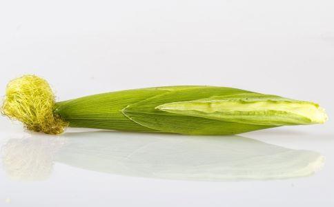 喝玉米汁有什么好处 喝玉米汁的好处有哪些 怎么做好喝的玉米汁