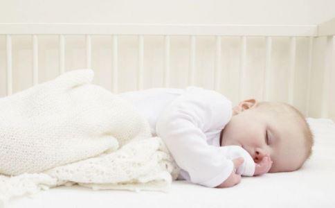 到了这个月龄就要断夜奶了 大月龄断夜奶的方法 宝宝断夜奶