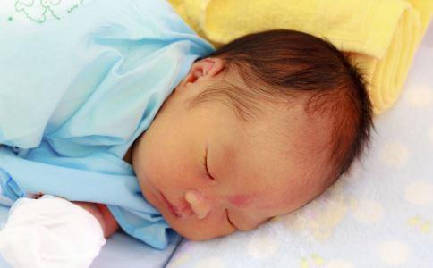 睡渣宝宝怎么办 睡渣宝宝 宝宝睡渣怎么办
