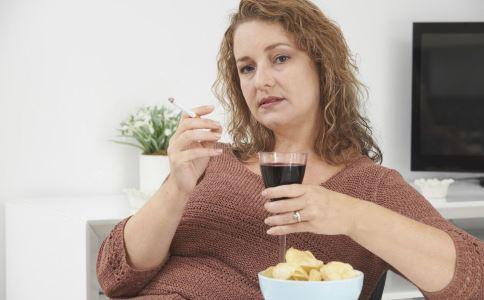 妇科疾病患者不能吃哪些食物 妇科病患者饮食要注意什么 女性患妇科病不能吃什么