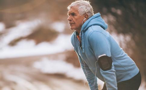 老人适合做什么运动 老人锻炼多久比较好 老人该做什么运动