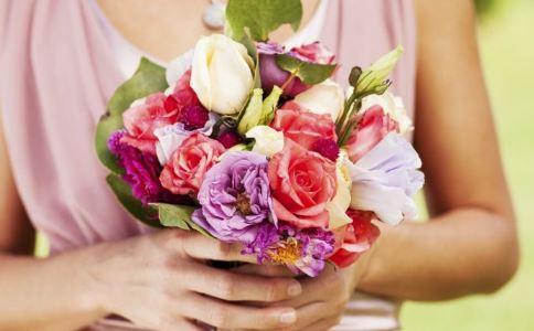 多大结婚才算正常 结婚对身体有什么好处 结婚的好处