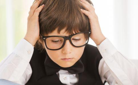 宅娃多近视 儿童近视有哪些危害 儿童近视有什么危害