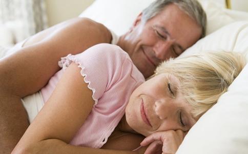 老年人如何提高睡眠质量 老年人吃什么有助睡眠 冬天老年人如何有效睡眠
