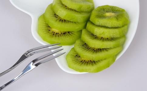 冬天吃什么水果补水 哪些水果可以补水 猕猴桃可以补水吗