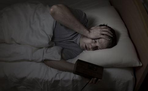 熬夜有什么危害 熬夜的危害是什么 熬夜怎么办