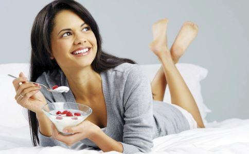 女性养生保健吃什么好 女性吃什么食物能补钙 女性抗衰老吃什么食物好