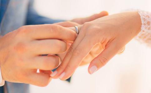 上海女性初婚年龄 高龄产妇要注意什么 高龄产妇的风险