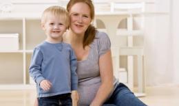 两胎年龄相差几岁最好 三到五岁为宜