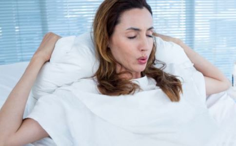 哺乳期能用护肤品吗 哺乳期用什么护肤品 哺乳期保健