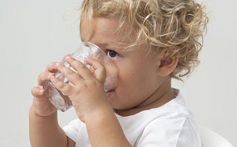 肺炎 化痰清肺 孩子咳嗽的治疗 小儿肺热