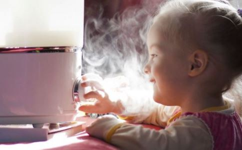 宝宝爱笑 爱笑的宝宝聪明 宝宝爱笑好吗
