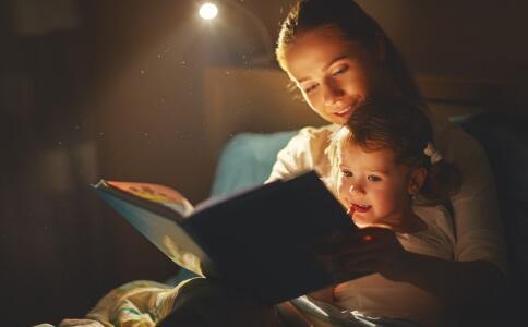 孩子分床睡的最佳年龄 小孩分床年龄 分床年龄