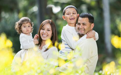 父亲陪伴孩子的好处 爸爸带孩子好吗 爸爸带孩子的好处
