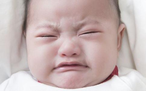 如何让宝宝远离蚊子的骚扰 有效的驱蚊方法 什么方法灭蚊最有效