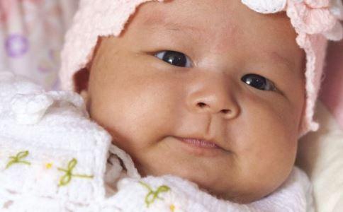 宝宝几个月可以吃肉 宝宝吃肉太早的危害 宝宝多大可以吃肉