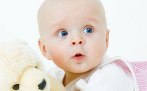 宝宝冬季常见的皮肤问题 冬季宝宝皮肤问题 宝宝常见皮肤问题