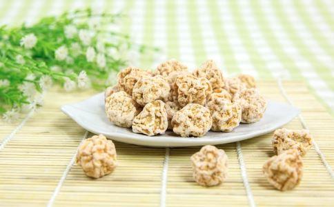 子宫肌瘤吃什么水果好 子宫肌瘤不能吃什么 子宫肌瘤饮食要注意什么