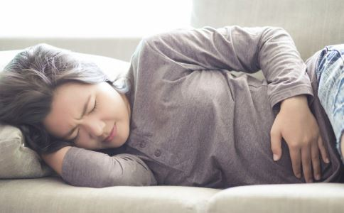女性月经不调怎么回事 女性月经不调与什么有关 月经不调怎么办