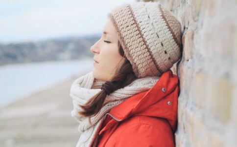 女性体寒有哪些症状 女性体寒吃哪些食物好 女性体寒如何调理