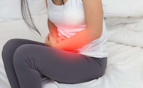 女性痛经如何快速止痛 女性痛经的缓解方法 痛经饮食要注意哪些