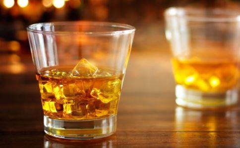 吃啤酒鸭被查出酒驾 过量喝酒的危害 过量饮酒的害处