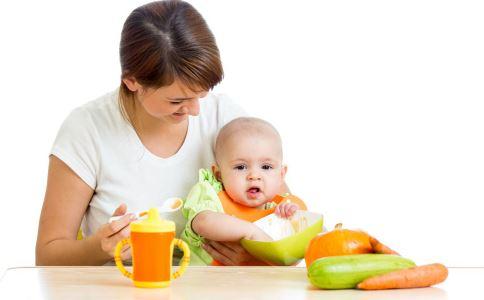 宝宝不爱吃辅食怎么办 宝宝不爱吃辅食 宝宝添加辅食初期