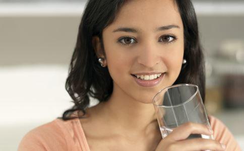 女人排毒吃什么比较有效果 女人排毒吃什么 女人排毒
