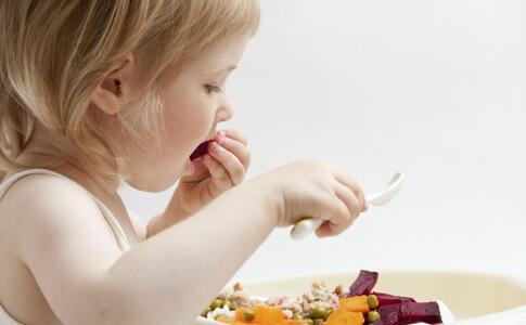 孩子不爱吃饭怎么办 孩子不爱吃饭原因 孩子不爱吃饭是什么导致