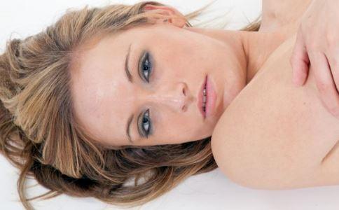 卵巢癌如何预防 卵巢癌有什么预防方法 卵巢癌吃什么好