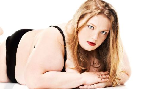 用肥肉压死男友 肥胖有哪些坏处 肥胖对身体有哪些影响