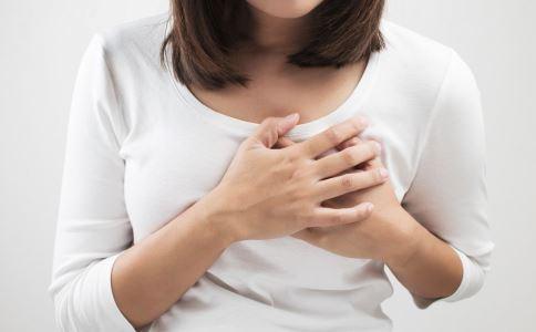 哪些情况乳房有硬块属正常 女性吃什么保护乳房健康 女性如何对乳房进行保健