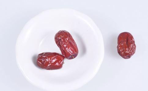 女性吃什么可以补血 女性经期补血汤怎么做 经期吃什么补血好