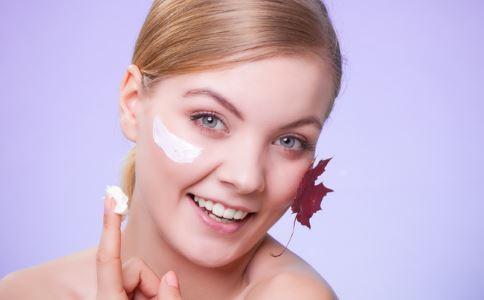 面部皮肤太粗糙怎么办 面部皮肤太粗糙 面部皮肤太粗糙该怎么办