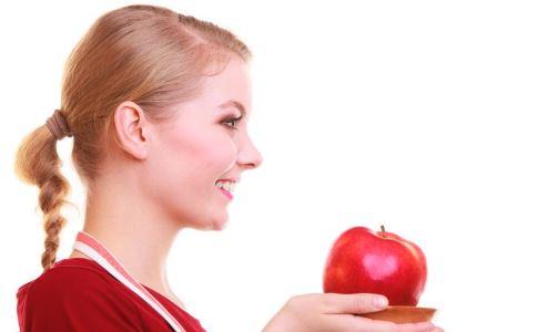 女性吃什么缓解黑眼圈 黑眼圈怎么去除 女性黑眼圈吃什么调理