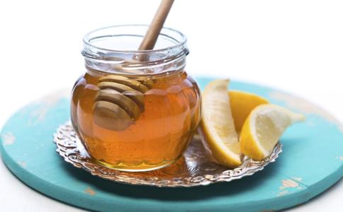 过期蜂蜜能做什么 过期蜂蜜 蜂蜜坏了还能用吗