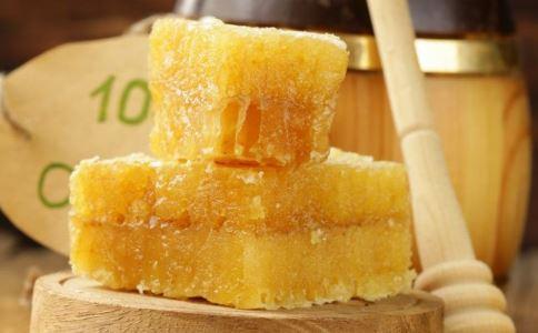 同仁堂回收过期蜂蜜 过期的蜂蜜有什么用途 过期蜂蜜有哪些作用