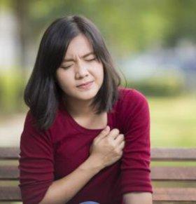 月经前胸痛是怎么回事 月经前胸痛如何缓解 月经前胸痛怎么办