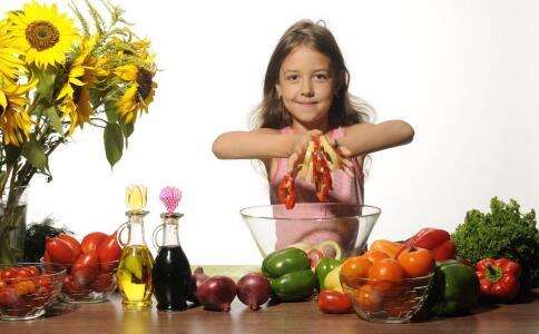 导致女性卵巢早衰的因素 卵巢保养吃什么食物好 卵巢保养饮食注意哪些