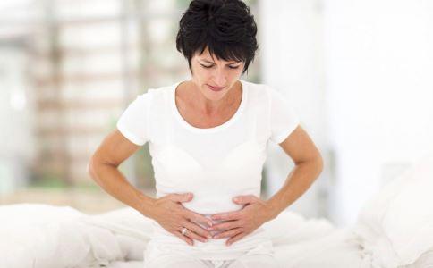 清宫术后一月两次月经怎么回事 清宫术后如何护理 女性清宫手术后如何调养身体