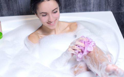 冬天孕妇应该如何洗澡 孕妇冬天洗澡的危害 孕妇冬天洗澡注意事项