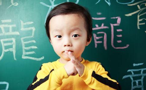 宝宝头大是聪明吗 哪些食物让宝宝更聪明 孩子吃什么会聪明