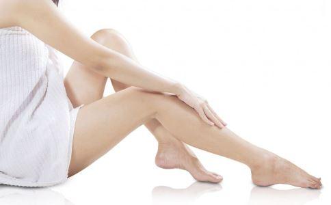 为什么手脚冰凉的大多是女性 女性手脚冰凉怎么办 女性手脚冰凉是什么原因